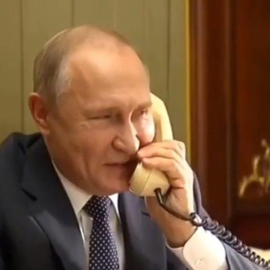 Путин звонит мальчику, мечту которого исполнил