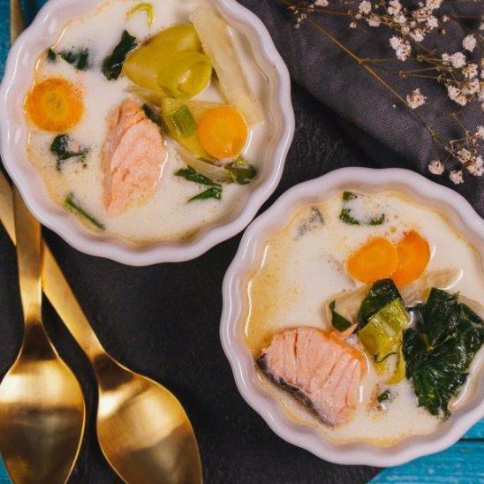 Сливочный суп с лососем от Woman.ru