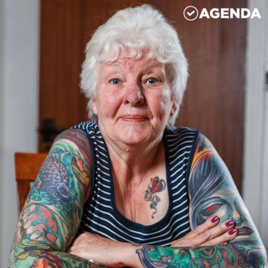 Бабушка сделала 16 татуировок после смерти мужа