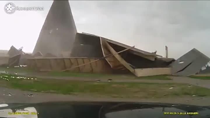 данном случае фото пирамиды на новой риге после урагана тату стиле
