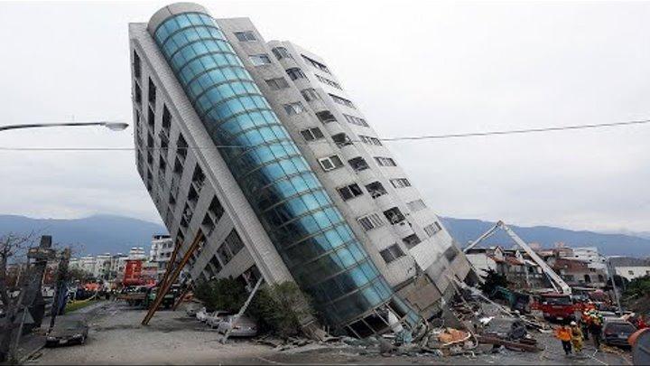 Обложка видеозаписи Самые мощные землетрясения снятые на камеру   Цунами в Японии, землетрясение в Мексике и другие