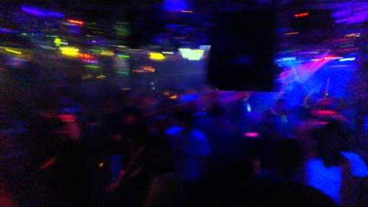 Ночные клуб край света российский секс в ночном клубе