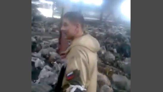 Российские освободители освобождают склад в Украине