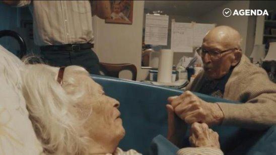 Эта замечательная пара 80 лет провела вместе. Вечная любовь существует!