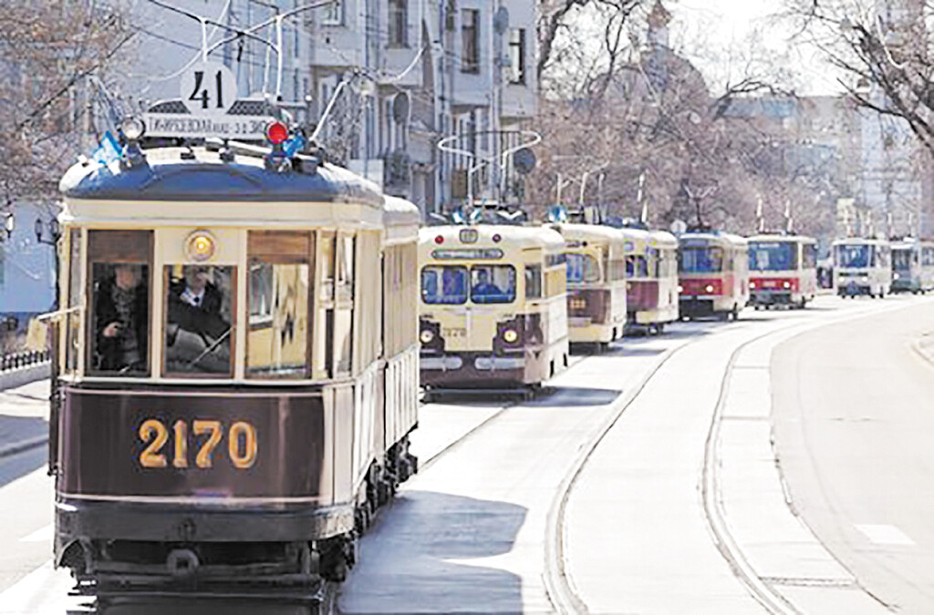 Коломенские трамваи участвовали в параде в Москве