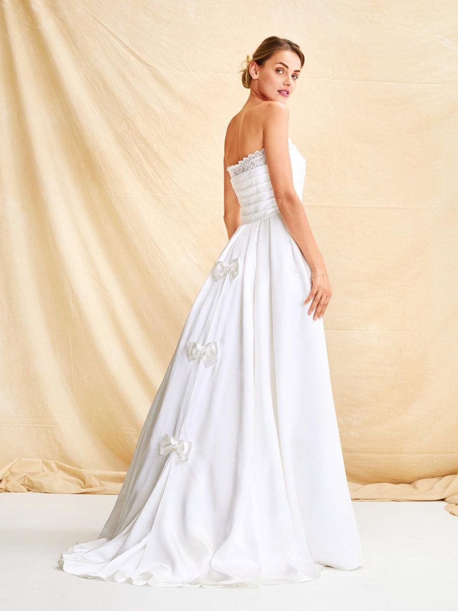 ec1146f07bd Свадебное платье №123 — выкройка из Burda 3 2019 Купить электронную выкройку  ...