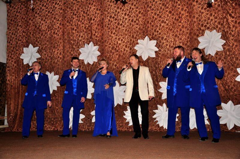 Творческий коллектив районного Дома культуры открыл сезон выездных концертов
