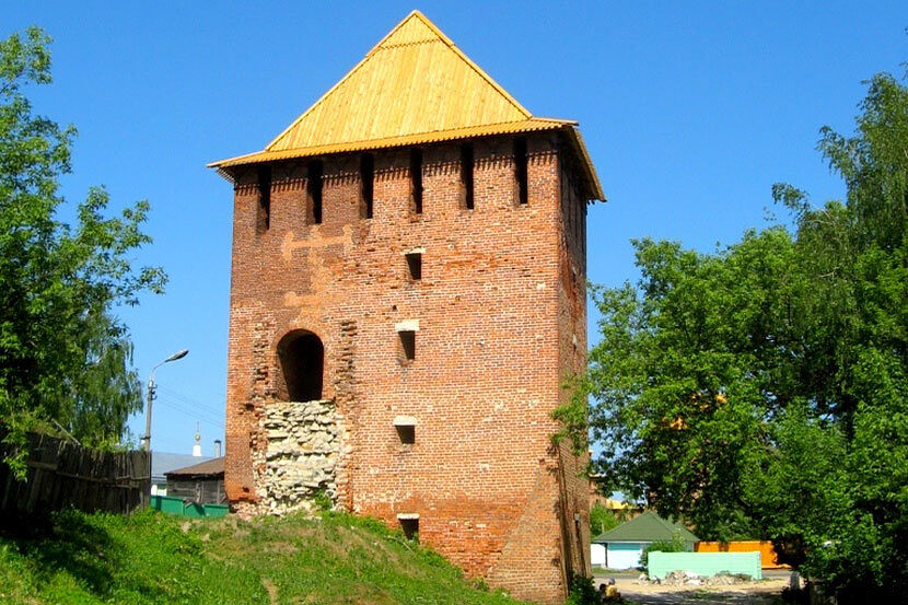 Достопримечательности Коломны: Спасская башня Коломенского кремля