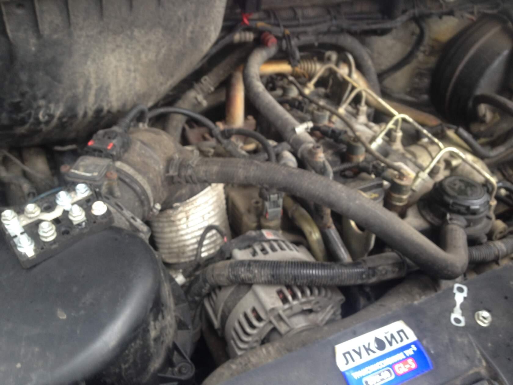 Дымит двигатель