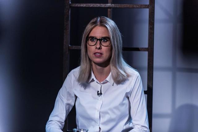 Смотрите интервью с Любовью Соболь сейчас в прямом эфире