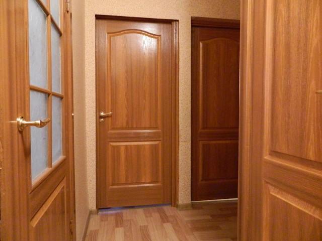 покраска дверей под дерево эмальюпокрытие новых дверей мдф