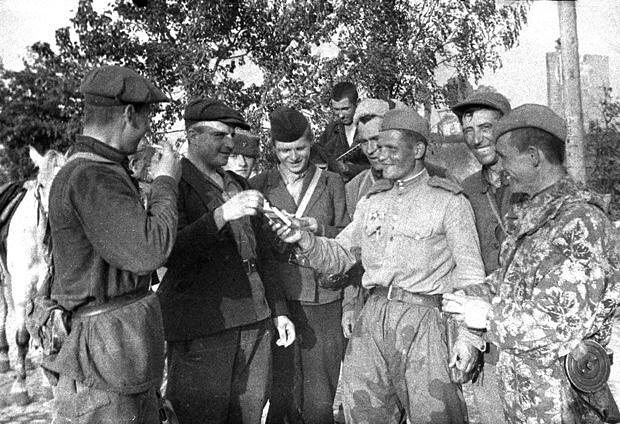 """Красноармеец Изиксон по немецки ответил, что он """"обер-лейтенант, проверяет посты…"""""""