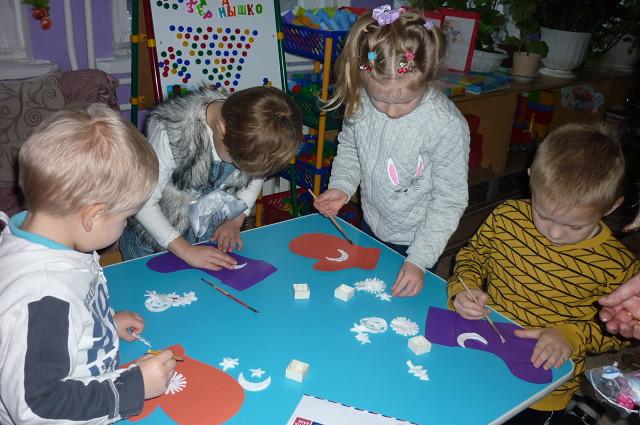 Дошколята и школьники сёл района отметили день рождения Деда Мороза