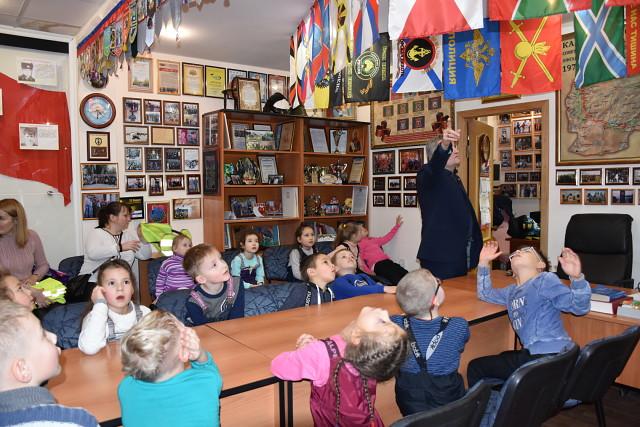 Экскурсия в Музей Боевой славы. Детский сад №10 < Мероприятия ...