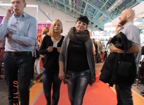 Татьяна дергачева работа на выставках девушками