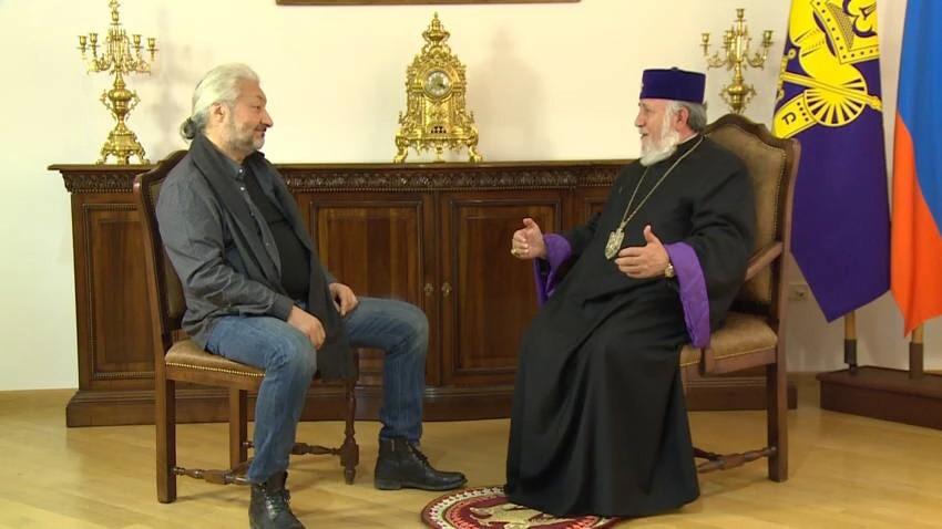 Древние храмы Армении»: премьера фильма Стаса Намина.