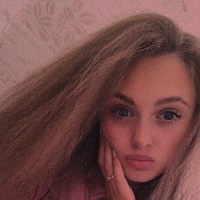 София александрова одежда хьюго босс