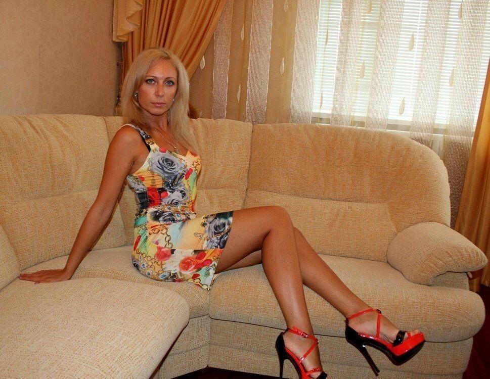 Hot Moms Russian