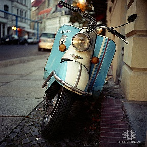 Retromoped