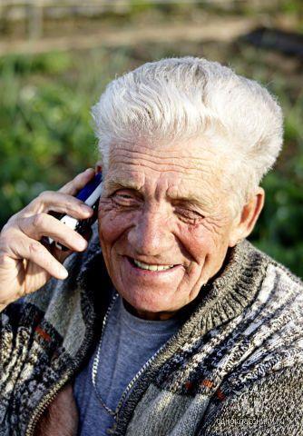 Aleksey, 80, Narva
