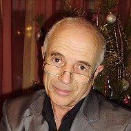 Михаил Фрумес