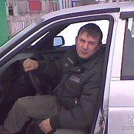 Анатолий Пустовалов