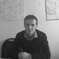 Игорь Ларин