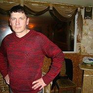 Андрей Троегубов