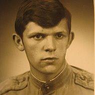 Евгений Лазукин
