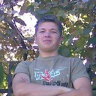 Влад Тищенко
