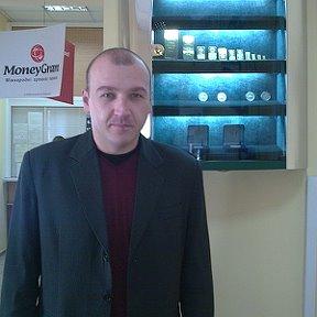 8eab62bfd9db Евгений Яремчук