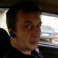 Олег Чегаев