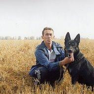 Олег Пауков