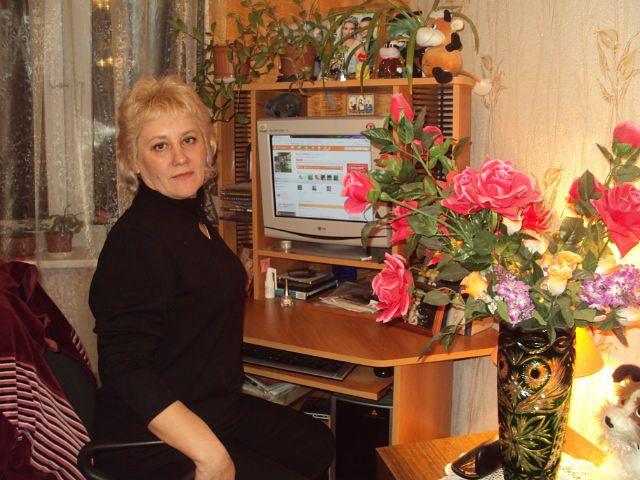 Galina, 60, Azeyevo