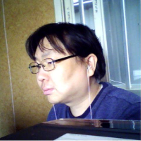 Inho, 40, Seoul