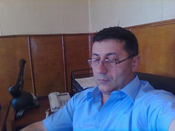 эдуард, 65, Agarak