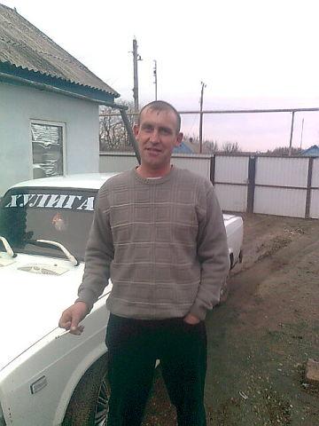 Николай, 42, Starominskaya