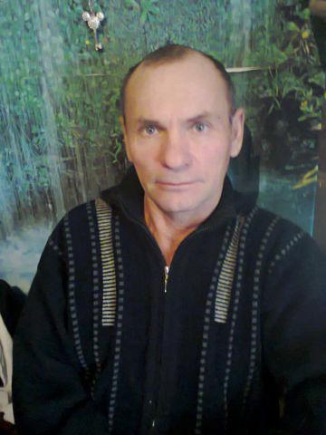 Александр, 61, Nezhinka
