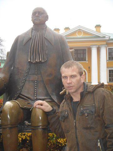 Юрий, 49, Topki