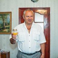 Анатолий Лисняк