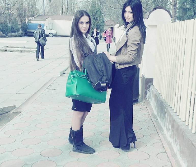 Чеченски дефчонки голы фото фото 227-522