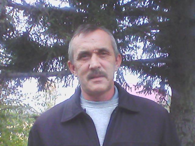 Владимир, 56, Artem