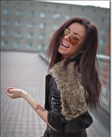 Засунула волосы в попу фото 632-463