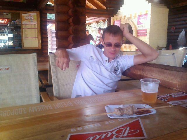 Александр, 37, Gur'yevsk