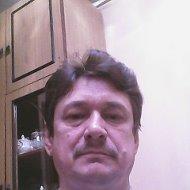 Вячеслав Левин