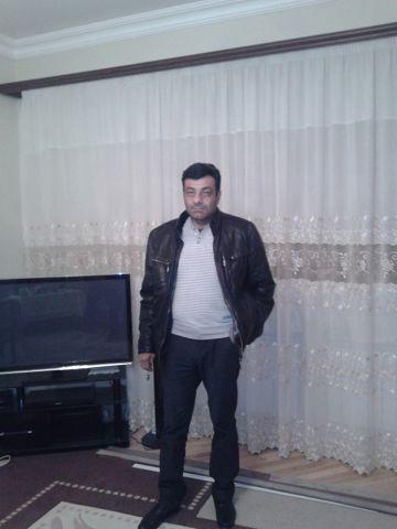 LEVON, 52, Yerevan
