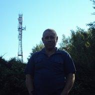 Виктор Камаев