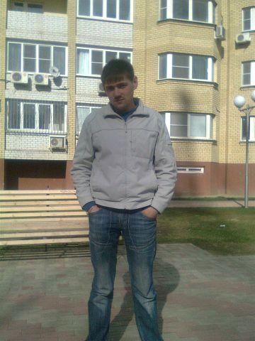 Aleks, 35, Astrakhan