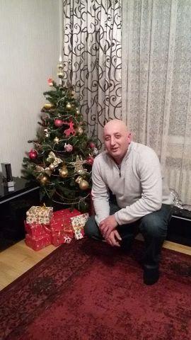Mihail, 44, Nicosia