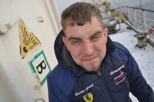 아르 템 골 로빈, 29, Novopokrovka